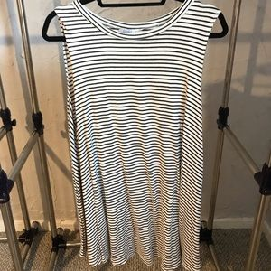 Tobi T-shirt Dress